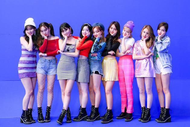 PESONA 9 MEMBER TWICE DI BEHIND THE SCENE MV 'WHAT IS LOVE?'