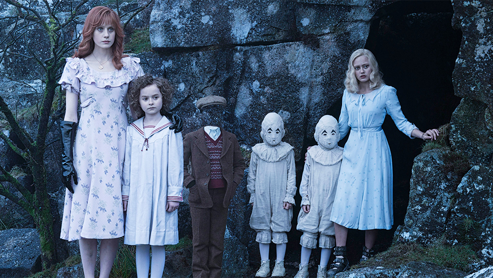 Sinopsis Miss Peregrine's Home for Peculiar Children (2016)